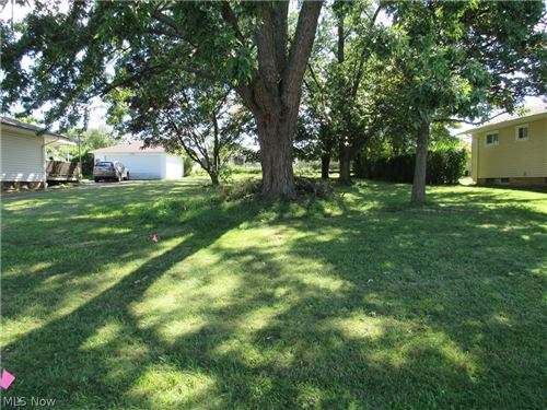 Photo of E Clearview Avenue, Seven Hills, OH 44131 (MLS # 4317990)