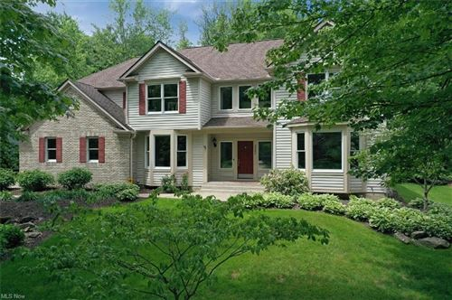 Photo of 5562 High Point Road, Solon, OH 44139 (MLS # 4286992)
