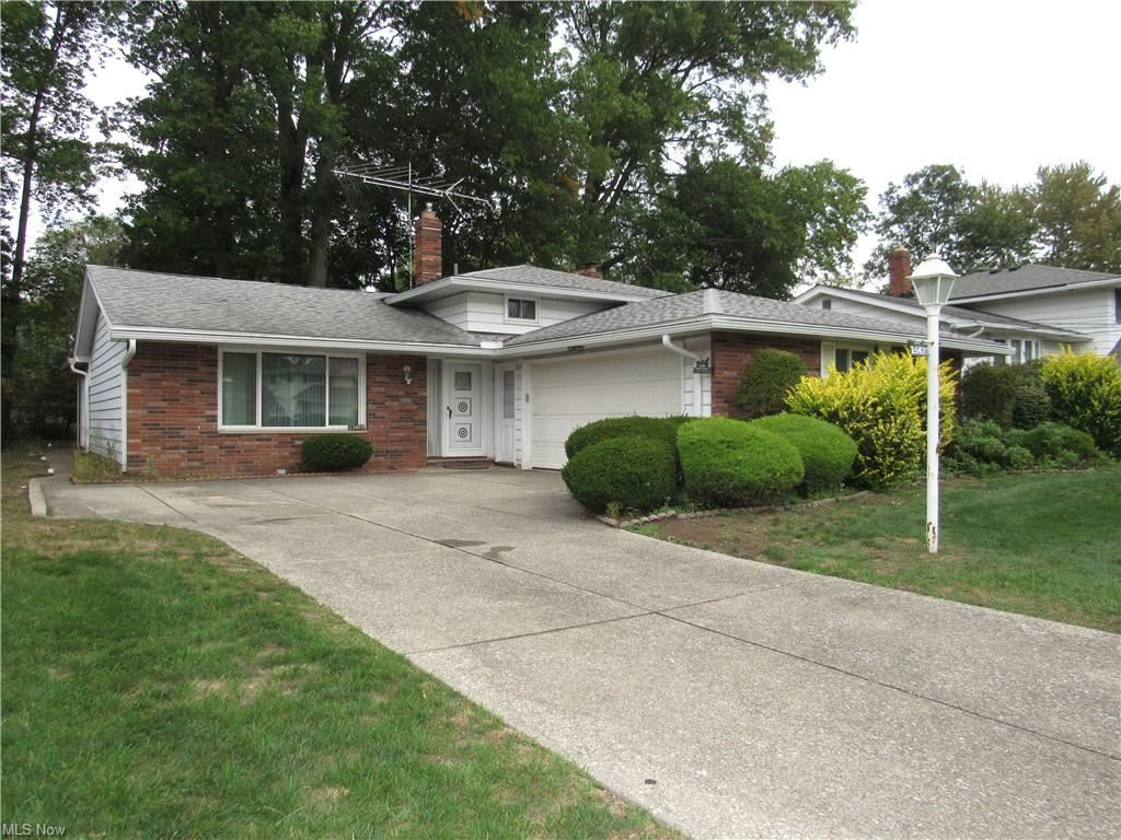 23470 Sharon Drive, North Olmsted, OH 44070 - #: 4325992