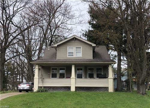 Photo of 228 Lowell Avenue, Youngstown, OH 44512 (MLS # 4247993)