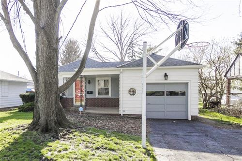 Photo of 6968 York Road, Parma Heights, OH 44130 (MLS # 4153999)