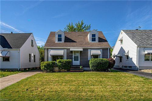 Photo of 14405 Reddington Avenue, Maple Heights, OH 44137 (MLS # 4288999)