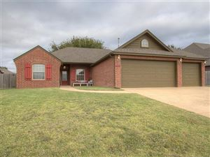 Photo of 1309 E 134th Street, Glenpool, OK 74033 (MLS # 1936009)