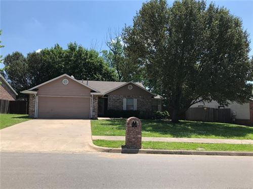 Photo of 8913 N 123rd East Avenue, Owasso, OK 74055 (MLS # 2020014)