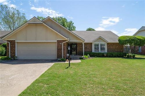 Photo of 10711 S 85th Avenue, Tulsa, OK 74133 (MLS # 2016022)