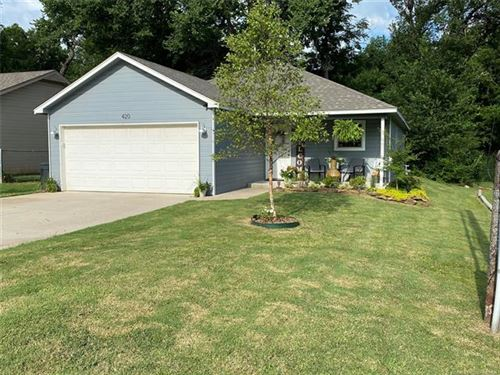 Photo of 420 N Atoka Avenue, Coweta, OK 74429 (MLS # 2028034)