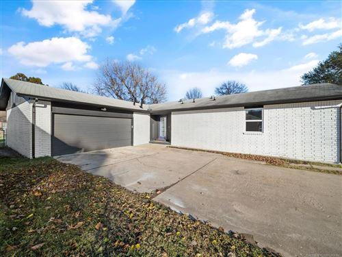 Photo of 12321 E 14th Street, Tulsa, OK 74128 (MLS # 2042046)