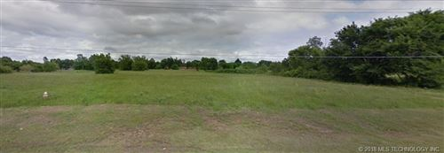 Photo of SE Corner of E 33rd St & S 145th Avenue, Tulsa, OK 74134 (MLS # 1814068)