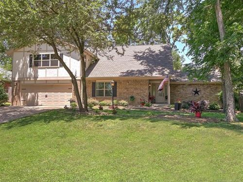 Photo of 6627 E 89TH Place, Tulsa, OK 74133 (MLS # 2020070)