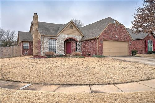 Photo of 3609 W Boston Place, Broken Arrow, OK 74012 (MLS # 2102092)