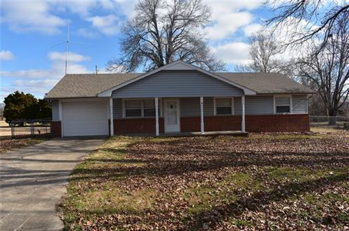Photo of 508 S East Street, Fort Gibson, OK 74434 (MLS # 2000097)