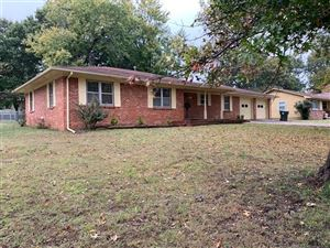 Photo of 801 N Anthony Street, Muskogee, OK 74403 (MLS # 1939107)