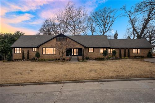 Photo of 4112 S Wheeling Avenue, Tulsa, OK 74105 (MLS # 2102109)