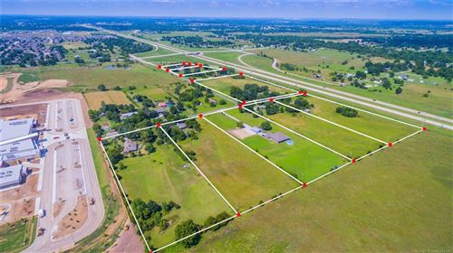 Photo of 13420 E 122nd Street N, Collinsville, OK 74021 (MLS # 2101110)