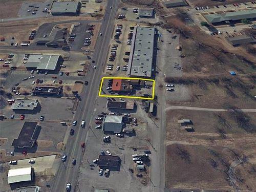 Photo of 1310 S Muskogee Avenue, Tahlequah, OK 74464 (MLS # 2116118)