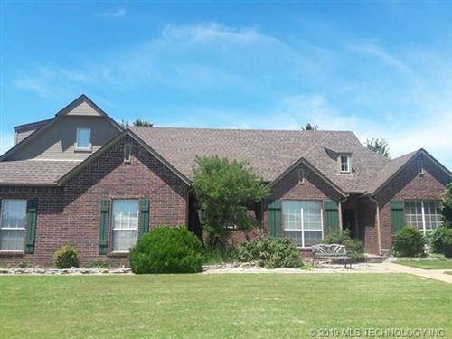 Photo of 11524 S Juniper Street, Jenks, OK 74037 (MLS # 1943119)