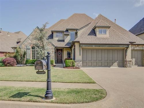 Photo of 12009 S Pittsburg Avenue, Tulsa, OK 74137 (MLS # 2015124)