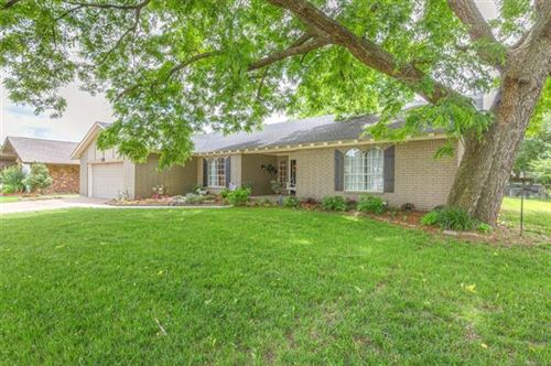 Photo of 1413 W Ocala Street, Broken Arrow, OK 74011 (MLS # 1943126)