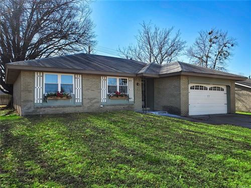Photo of 813 W Galveston Street, Broken Arrow, OK 74012 (MLS # 2102134)