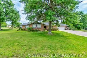 Photo of 83 County Road 2904, Bartlesville, OK 74003 (MLS # 2019139)