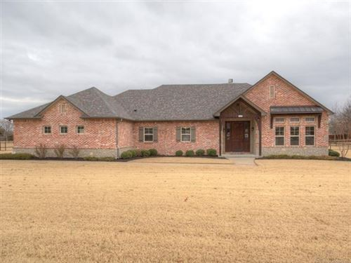 Photo of 17961 S 72nd East Avenue, Bixby, OK 74008 (MLS # 1943146)