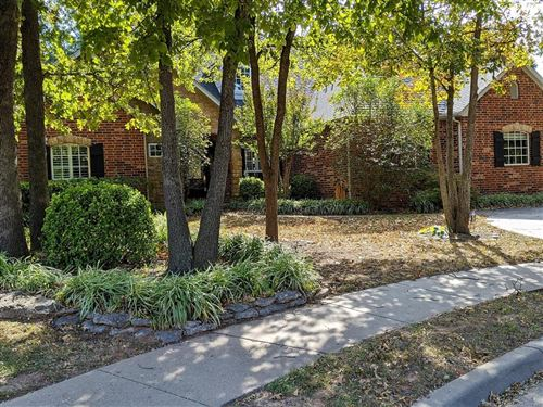 Photo of 604 W 37th Place, Sand Springs, OK 74063 (MLS # 2028152)