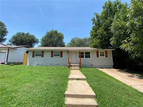 Photo of 5504 N Johnstown Avenue, Tulsa, OK 74126 (MLS # 2025154)