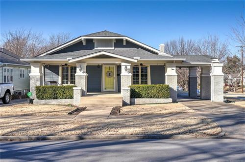 Photo of 1704 S Yorktown Avenue, Tulsa, OK 74104 (MLS # 2102171)