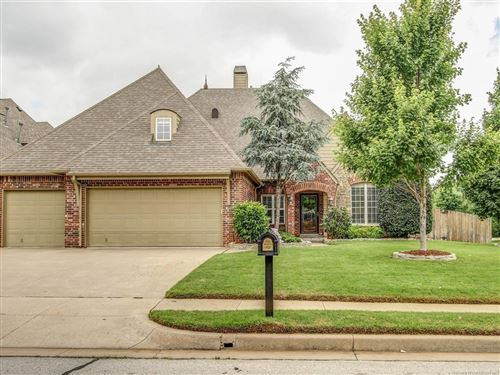 Photo of 8763 E 103rd Street, Tulsa, OK 74133 (MLS # 1916182)