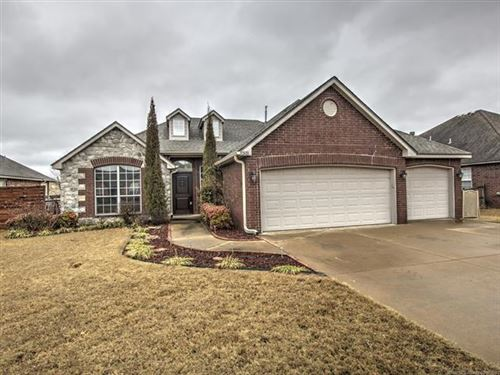 Photo of 11503 N 132nd East Avenue, Owasso, OK 74055 (MLS # 2006217)