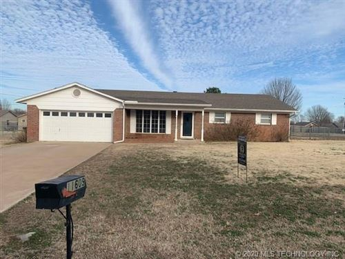 Photo of 11609 S 75th East Avenue, Bixby, OK 74008 (MLS # 2006232)