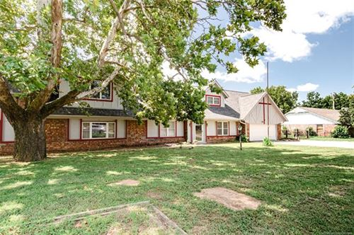 Photo of 21904 W 13th Place, Sand Springs, OK 74063 (MLS # 2025247)