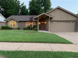 Photo of 11942 E 16th Place, Tulsa, OK 74128 (MLS # 1925257)