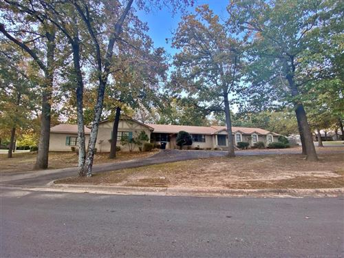 Photo of 407 Hickory Drive, Tahlequah, OK 74464 (MLS # 2039272)