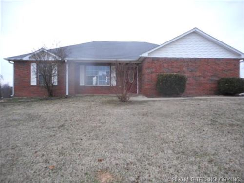Photo of 476187 E 1094 Road, Roland, OK 74954 (MLS # 2000293)