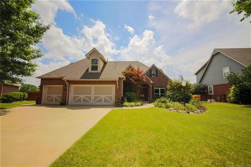 Photo of 10302 E 92nd Place, Owasso, OK 74055 (MLS # 1925299)