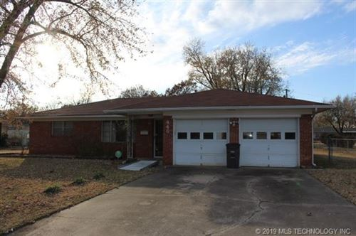 Photo of 446 S 90th East Avenue, Tulsa, OK 74112 (MLS # 1941317)