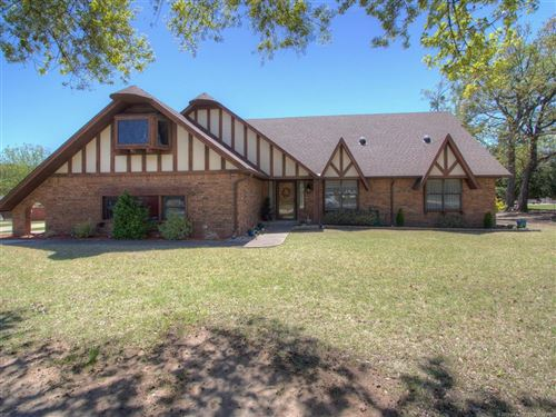 Photo of 1400 Country Club Drive, Okmulgee, OK 74447 (MLS # 1913321)
