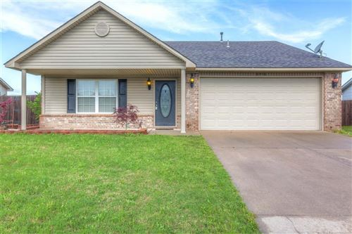 Photo of 8958 S 259th East Avenue, Broken Arrow, OK 74014 (MLS # 1916334)