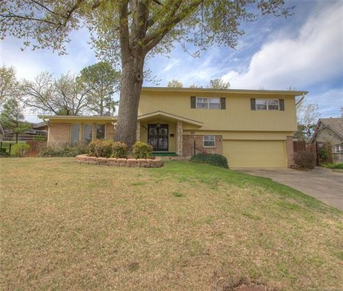Photo of 6008 S Marion Place, Tulsa, OK 74135 (MLS # 2012345)