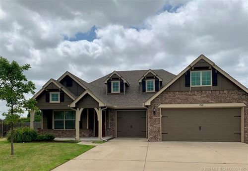 Photo of 17610 E 45th Place, Tulsa, OK 74134 (MLS # 2023345)