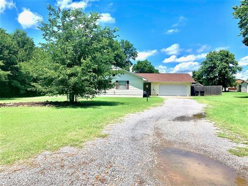 Photo of 1420 Williams, Fort Gibson, OK 74434 (MLS # 2027350)
