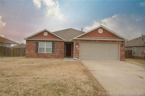 Photo of 9268 S 254th Avenue, Broken Arrow, OK 74014 (MLS # 1919352)
