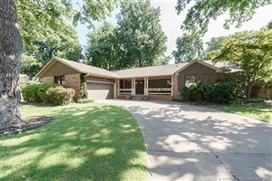 Photo of 4625 S Florence Place, Tulsa, OK 74105 (MLS # 1934353)