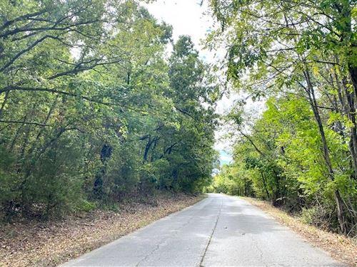 Photo of 17780 Old Highway 10, Tahlequah, OK 74464 (MLS # 2116365)
