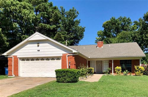 Photo of 7527 S 68th East Place, Tulsa, OK 74133 (MLS # 2027366)