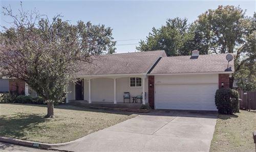 Photo of 6016 E 80th Place, Tulsa, OK 74136 (MLS # 2038370)