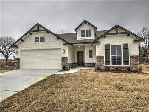 Photo of 8634 N 73rd East Place, Tulsa, OK 74055 (MLS # 2000373)