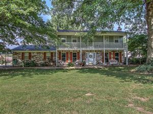 Photo of 815 Ross Avenue, Fort Gibson, OK 74434 (MLS # 1927381)