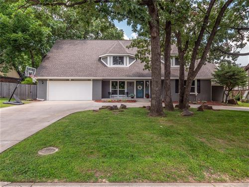Photo of 8001 S Quebec Avenue, Tulsa, OK 74136 (MLS # 1924426)